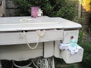 Shabby Chic Antique Dressing Table