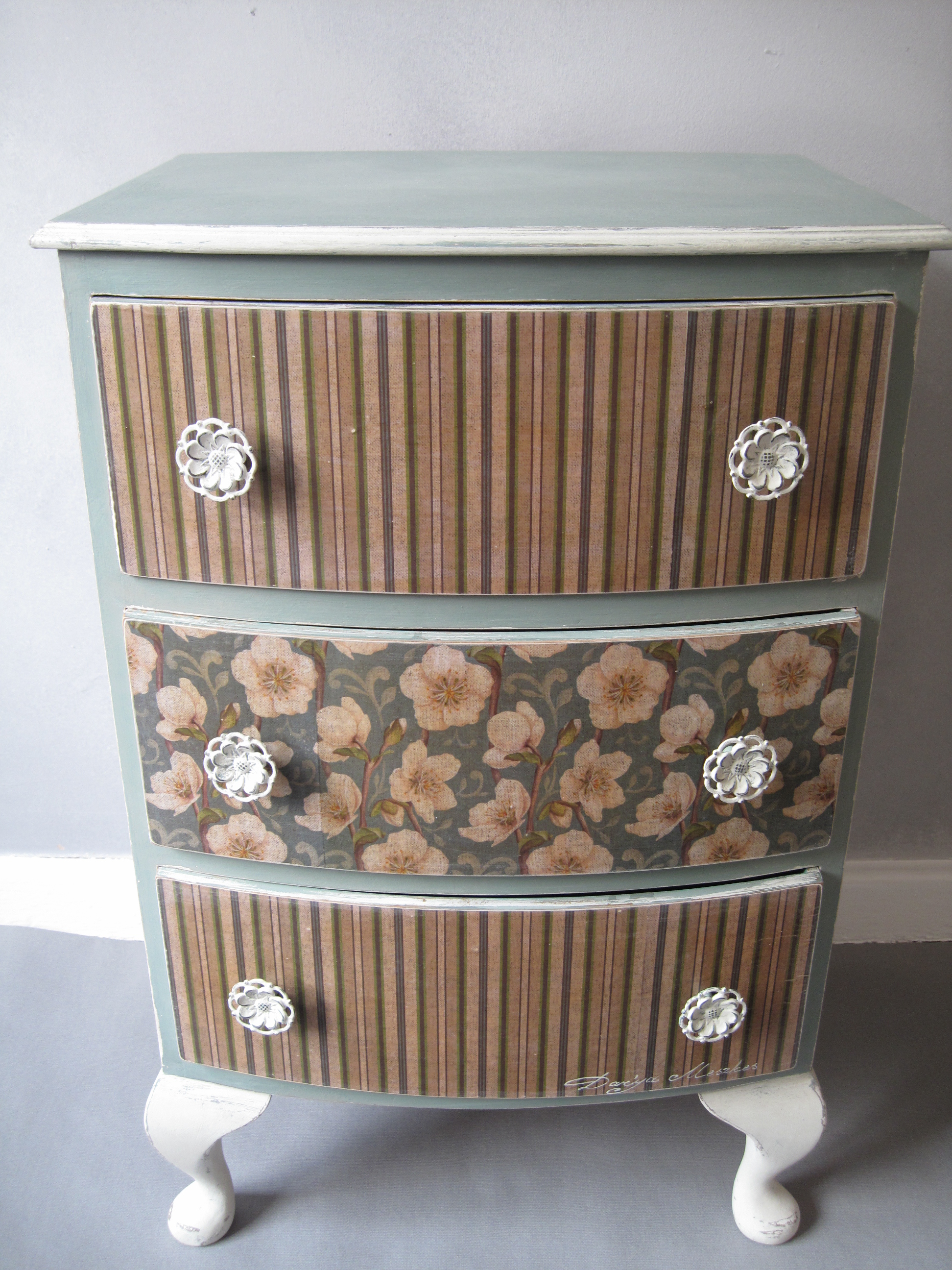 Shabby Chic Flowers And Straps Decorated Bedside Cabinet