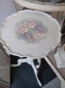 Shabby Antique Small Wine Coffee Table