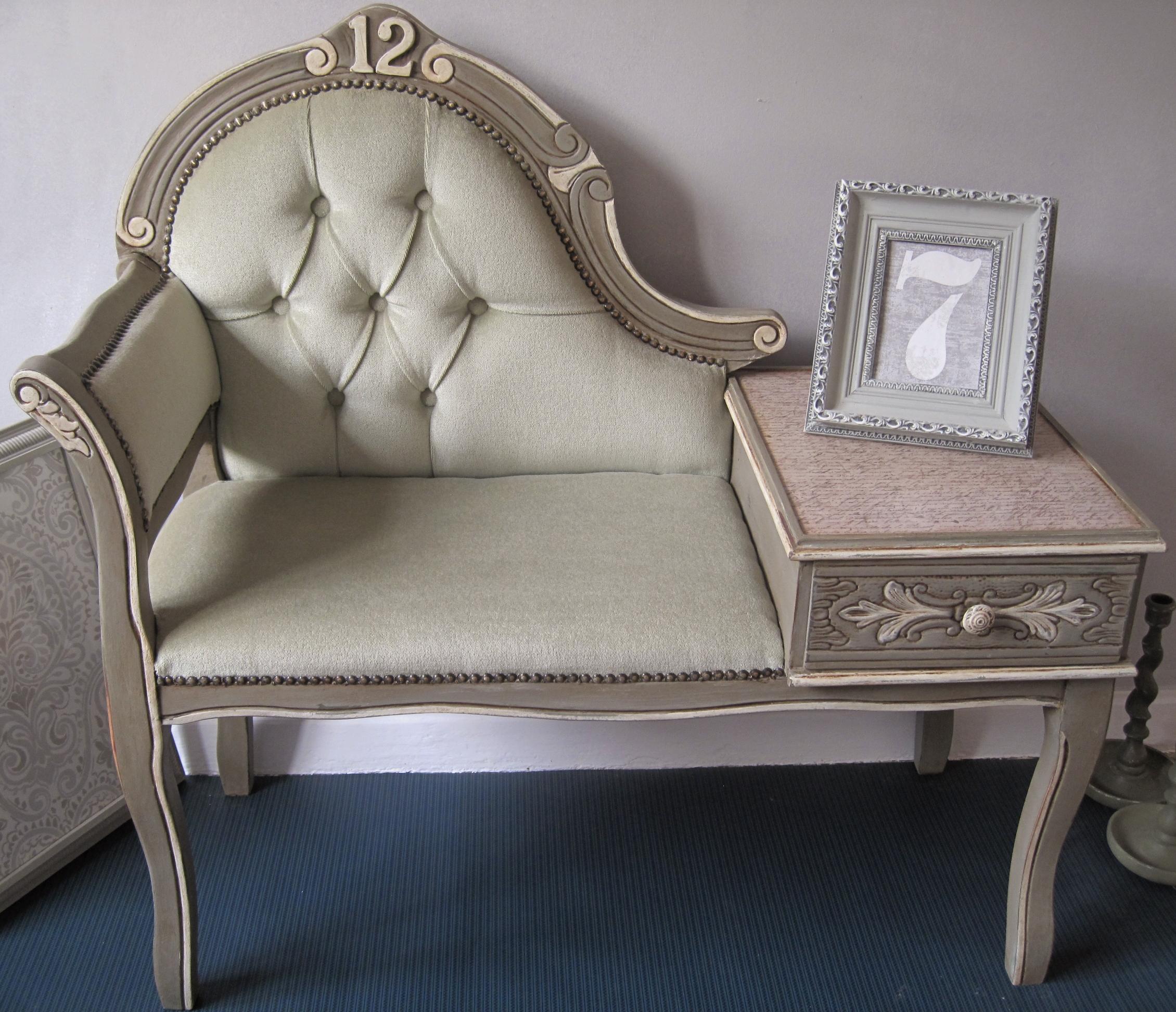 shabby chic petite canape shabbychiffonier. Black Bedroom Furniture Sets. Home Design Ideas