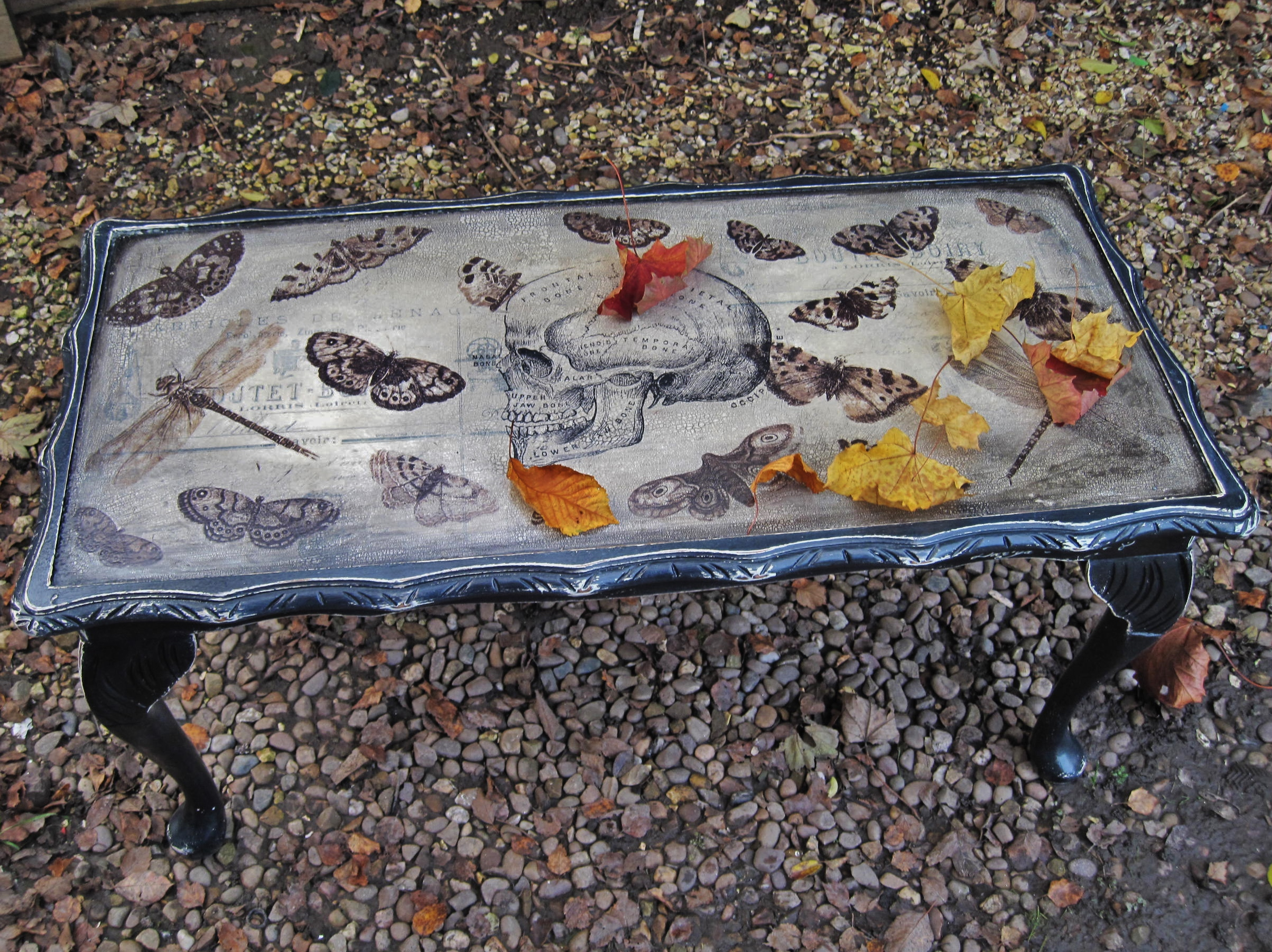 commission project 'skull & butterflies' coffee table – shabby
