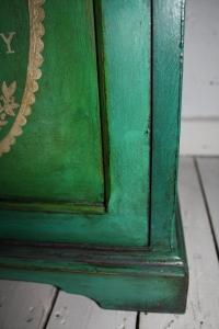bedside cabinet detail